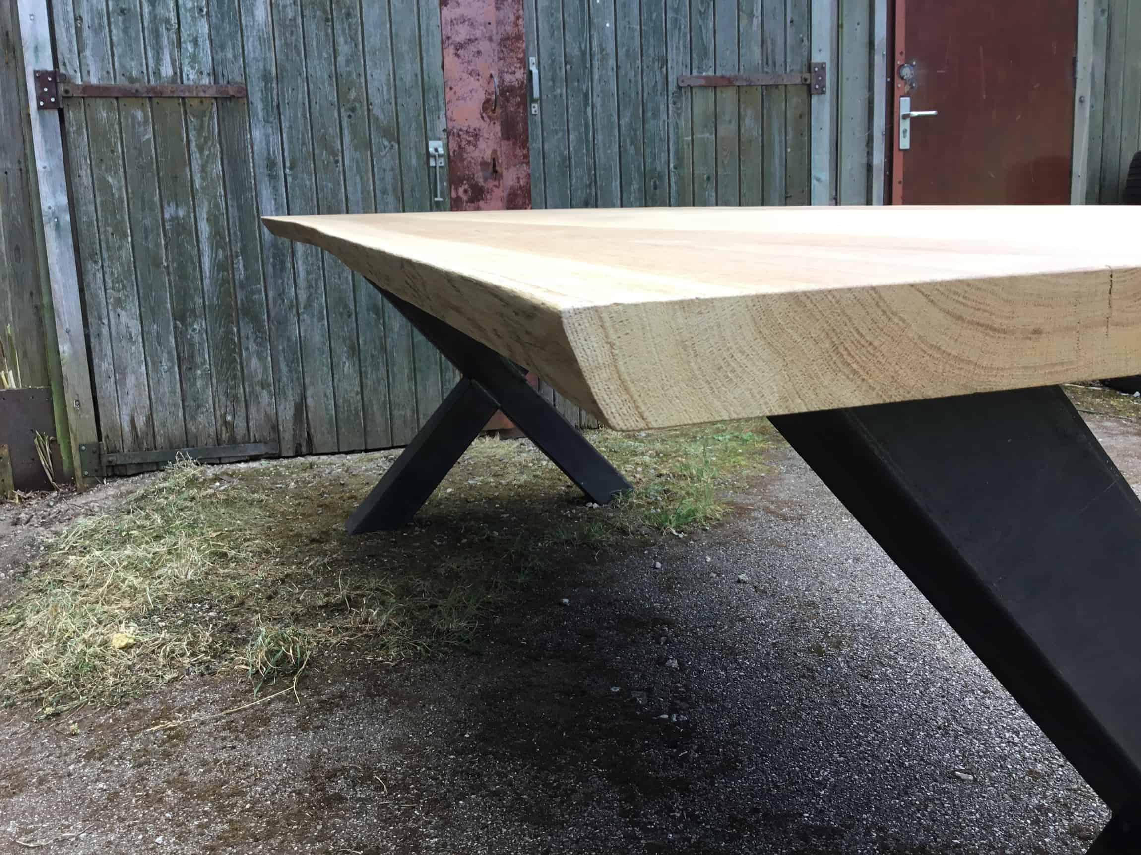 Tafel Van Boomstam : Boomstam tafels markante tafels