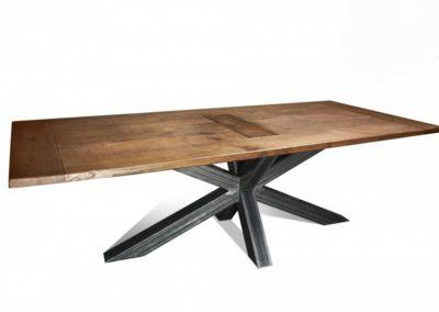Eiken tafel antiek model met Matix-poot. vanaf € 795,-