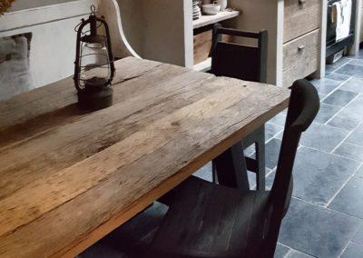 Oud eiken tafels vanaf €645,-