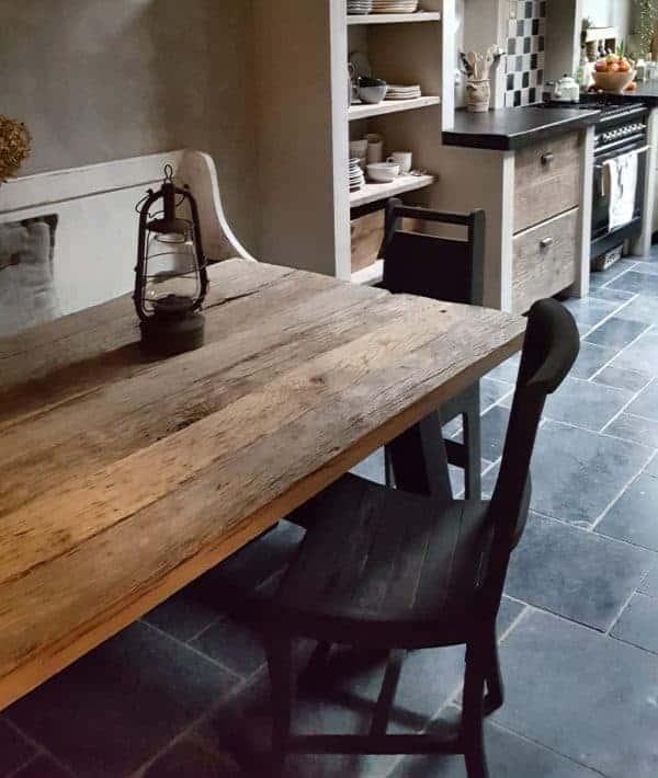 Oud geleefd eiken, een mooie combinatie met een sober of stoer interieur.