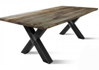 Antiek geloogd massief eiken tafel met kruispoten met of zonder stamrand  Vanaf € 595,-