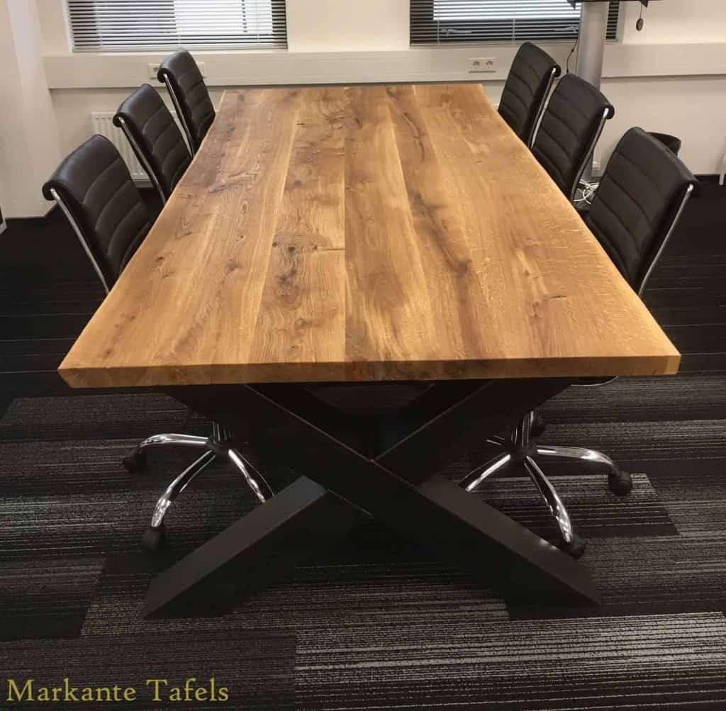 Kantoor / vergadertafel 240x120 cm met olie afgewerkt