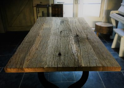 Ruige oud eiken tafel volledig massief. Vanaf € 695,-