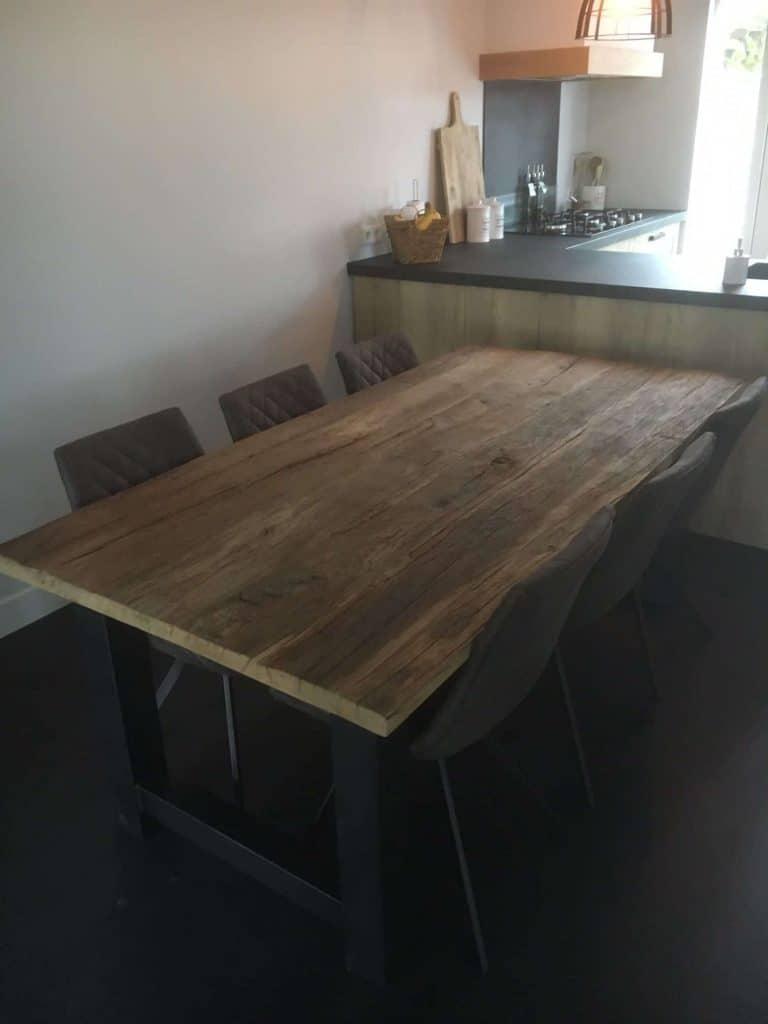 Ruig oud eiken tafel met stalen H-poten 200x100 cm