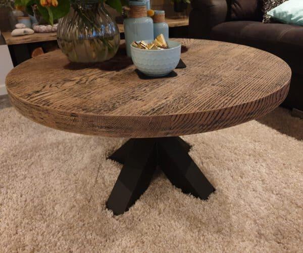 Nieuw eiken salon tafel met black wash behandeling