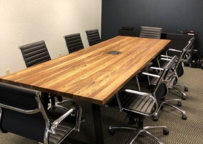Vergadertafel massief eiken tafelblad