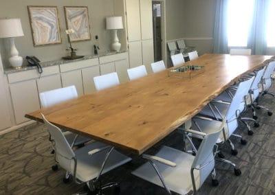 Massief eiken vergadertafel met boomstamrand 400x120 cm