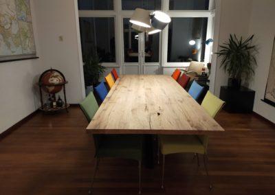 Oud eiken tafel 300 x 110 cm