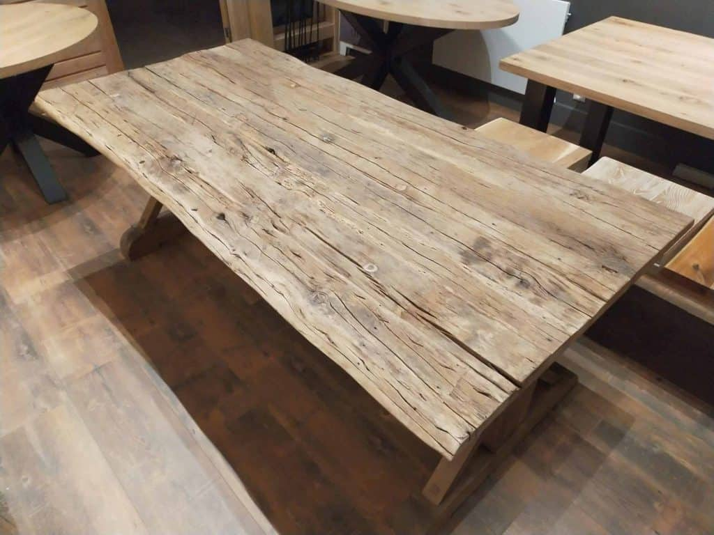 Lage site table, rustiek eiken met blackwash en matte lak
