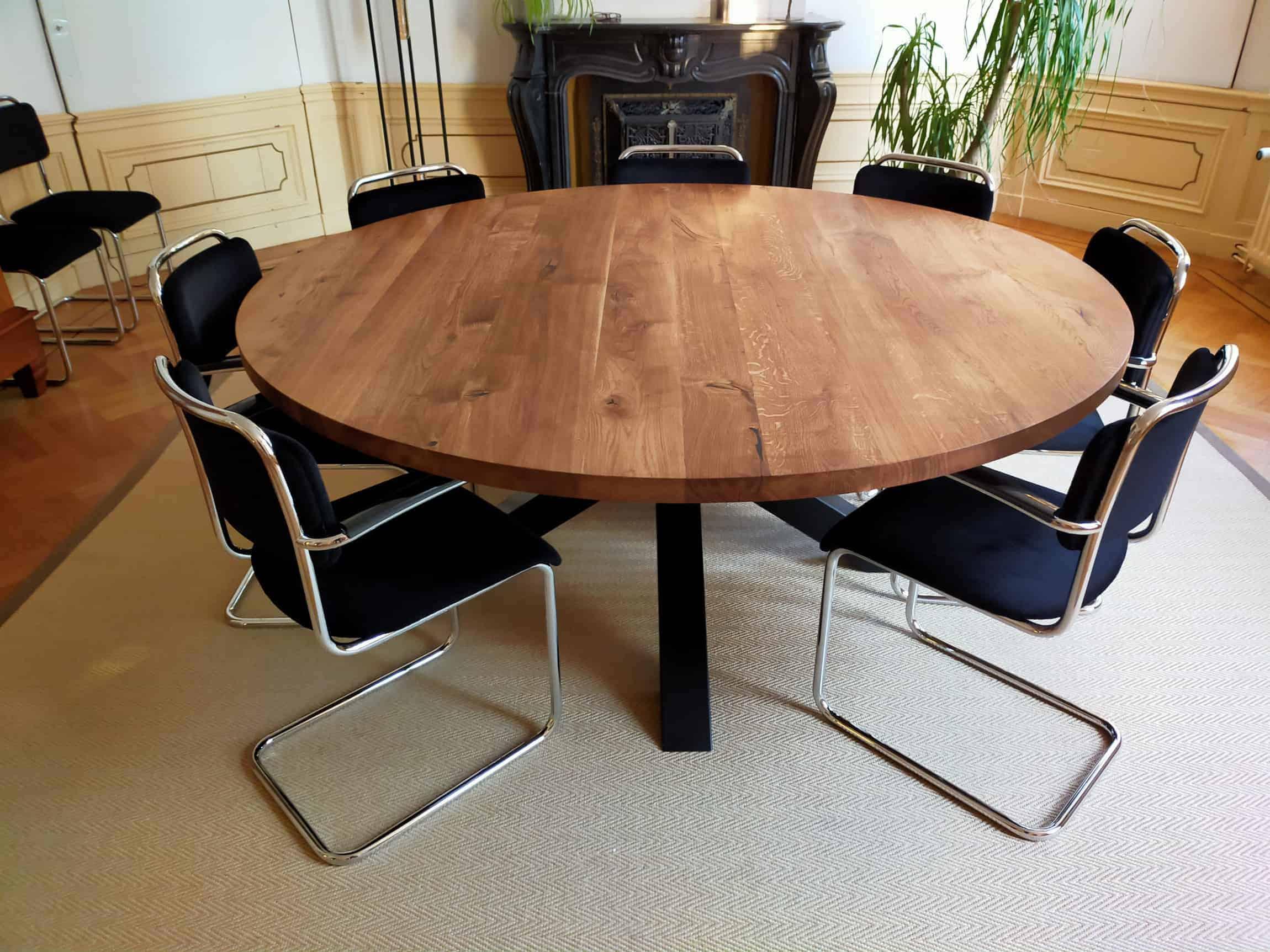 Ronde rustiek eiken tafel diameter 180cm in naturel olie