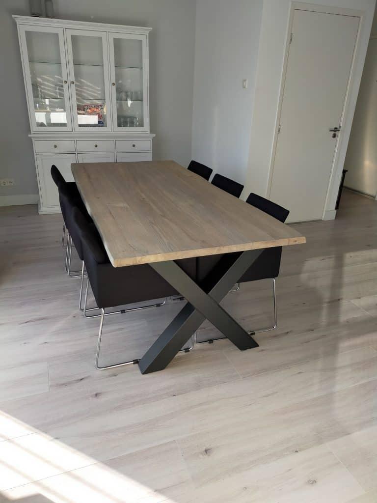 Boomstamtafel grey-wash met matte lak (afm. 220x100 cm)